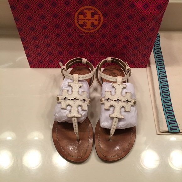 754a3ad1ce9442 Tory Burch Shoes - Tory Burch chandler flat thong sandal size 7